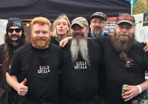 Broken Ribs består av Didrik Eriksson, Johan Sundkvist, Carina Halmeraro, Rojne Eriksson, Johan Nilsson och Ville Nehrenheim.