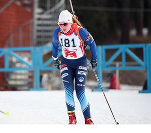 Linn Larsson är ett av de starkaste medaljkorten för Sverige i de kommande JVM-tävlingarna.