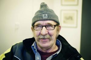 Mats Åberg, Nyåker:– Matavfall ger jag till mina höns. Sedan har jag varm- och kallkompost samt pappersinsamling.