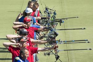 Alireza Vaezz (röd keps) kom till Sverige för 1,5 år sedan och under lördagen gjorde han tävlingsdebut i Sverige.