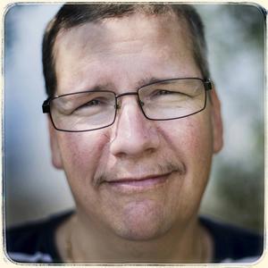 Peter Dahlstedt bor i Kycklingvattnet i Strömsunds kommun. Han företräder Sverigedemokraterna.
