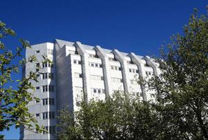 Detta är det nya vårdhuset som kostat 850 miljoner och tagit tre år att bygga.