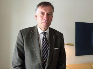 Ny lön för Gunnar Holmgren: 95500 kronor i månaden
