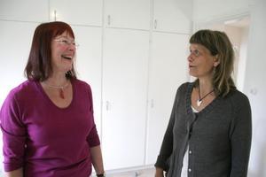 Konstnärerna Agneta Hattendorff och Ulla Blixt delar utställningslokalerna på Galleri Ström. En bra kombination, menar Agneta Hattendorff.