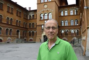 På torsdagen gjorde Torbjörn Stark sin första arbetsdag som tf chef för förvaltningen och Drakfastigheter, med kontor i gamla GA-skolan.