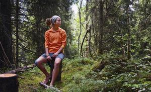 Yoie reser mycket ute i världen, men i skog och fjäll i Åre trivs hon kanske allra bäst.