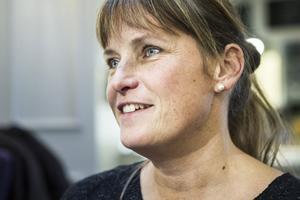 Lotta Persson, årets kvinnoföretagare, uppmuntrar till företagande på glesbygden. För henne vore ett större ställe inte ett alternativ.