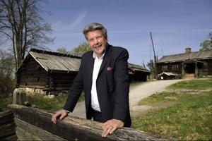 Skansenchefen John Brattmyhr är uppvuxen i Strömsund och tillbringar gärna fritiden i jaktkojan i Nordhallen.