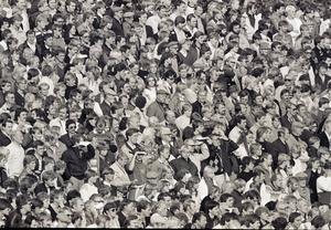 Storpubliken på Strömvallen 25 september 1982. 7 141 såg på när Gefle IF vann med 2–1.