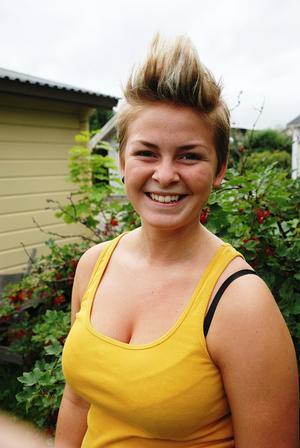 18-åriga Josefine Vallström från Ljusdal har haft ett annorlunda sommarjobb under jorden som betongsprutare.