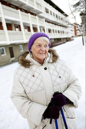 Gerd Ward på Odenskogsvägen i Östersund börjar bli rejält trött på vattensituationen i Östersund. Hon vill inte betala kommande vattenräkning med tanke på att vattnet är tjänligt.