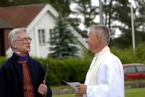 Duo. Hans Matsols berättade om kyrkans historia och prästen Anders Näslund besökte sin gamla arbetsplats.