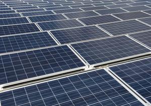 Solcellerna ska vara monterade på taket tills nya Ransta skola står klar vårterminen 2019.