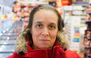Tina Svane, 43, Västerås: - Nu handlar jag väldigt sällan godis men jag gillar den lilla påsen. Den är lätt att fylla och det blir lagom mycket godis.