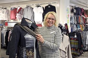 Fanny-butiken i Stenstan omsätter mer än den i Birsta, berättar Katarina Warpe, butikschef.
