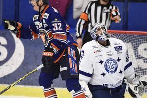 Joakim Lundström släppte två mål förbi sig i förlusten mot Växjö.