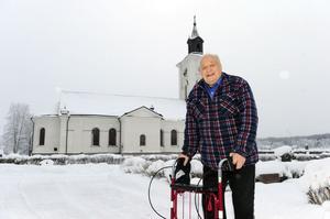I Limas vackra kyrka har Lassar Stig Erikssons under 55 år tjänstgjort som kyrkvärd.