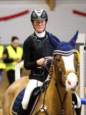 Amanda Hedlund på hästen Charleston.