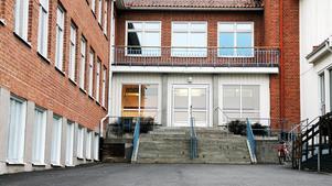 Celsiusskolan 7-9 i Edsbyn har fått kritik av Skolinspektionen när det bland annat gäller skolans uppföljning och analys av kunskapsresultaten.