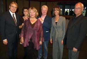 Kvinnan bakom verket. Juryn samlade Europas främsta balettexpertis och den såg en segrare även i Sirkka-Liisa Forslund. På bilden Tiit Härm, Estland,Madeleine Onne, Sirkka-Liisa, Nils-Åke Häggbom, Claudine Andreo, Frankrike och Örn Gudmundsson, Island.