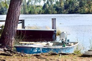 Den 70-åriga mannens båt hittades drivande på Hedåssjön. I dag lördag, över en vecka senare, har mannen påträffats död.