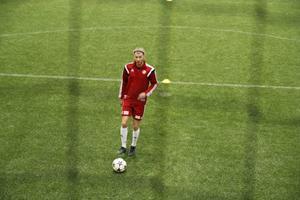 Petter Andersson har förlängt kontraktet med Hudiksvalls FF.