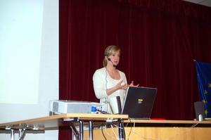 Jenny Eriksson som är EU-ambassadör hade föredrag om EU.  Foto: Carin Selldén