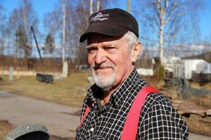 Stenhuggaren och stenkonstnären Kristian Lund.