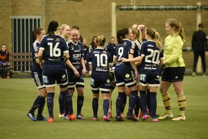 Sundsvalls DFF mötte Umeå i första träningsmatchen för säsongen.