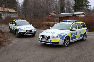 På lördagseftermiddagen spärrade polisen av en fastighet i Falun efter ett misstänkt mordförsök.