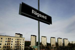 Rågsveds tunnelbanestation. Arkivbild. Härifrån tycks den dömde ha åkt efter dådet.