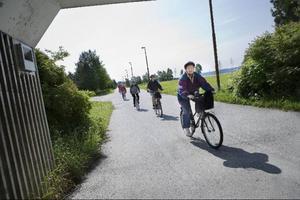 PRO Frösön samlas varje måndag för en cykeltur på Frösön. En väldigt uppskattad aktivitet – speciellt under sådana här förutsättningar.