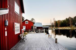 Norrfjärdens hamnförening äger och sköter helt ideellt det idylliska hamnområdet.