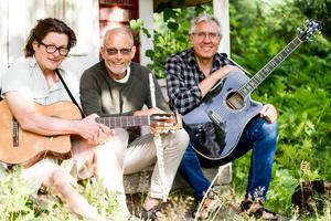 Trio Kontrast. Kimmo Hulkkonen, Hans Hedenström och Per-Olof Hiller.