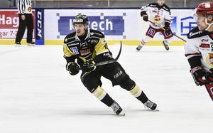 Jonte Berg har inte spelat hockey sedan 7 oktober.