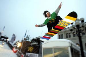 Jonas Mattsson visade prov på stor variation i sin trick och han utnyttjade hela arenan. För det belönades han med förstaplatsen i snowboardåkarnas seniorklass.