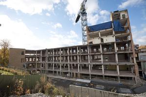 Tobaksmonopolet byggs om så att den befintliga huvudbyggnaden ska ge 41 lägenheter och en påbyggnad i två plan ska ge 17 lägenheter, totalt alltså de 58 lägenheter som utgör etapp 2.