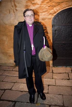 Biskopen i Västerås stift, Thomas Söderberg, kom ensam till middagen