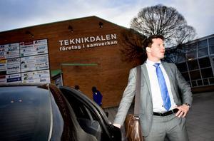 Integrationsminister Erik Ullenhag (FP) lovar stöd till Borlänge.