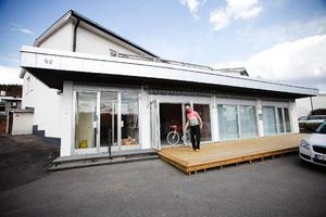 Här öppnar i morgon Mono, cykelkafé och  galleri.