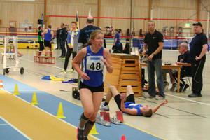 Kristin Björfelt, Idrottsgymnasiet Bollnäs, slog svenskt rekord på 3000 m med fina tiden 14.00.00