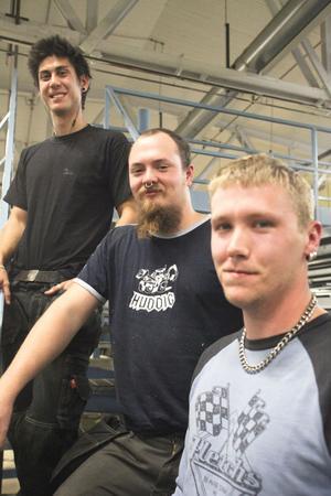 De trivs på Plyfa, Marcus Hulin, Tobias Nordström och David Faxby, och Marcus och Tobias, som visstidsanställts, stannar gärna om de får möjlighet.