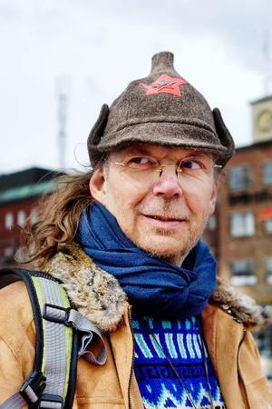 """""""Mössan är så provocerande att jag nästan mår illa"""", skojar Mikael Rahm."""