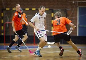 Tungt spelartapp i Frösön då Sebastian Blomstrand lämnar för utlandsjobb.