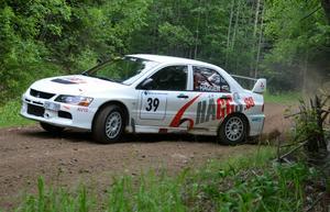 Niklas Hägg och Christer Carlsson körde in på andra plats i Vedasprinten.