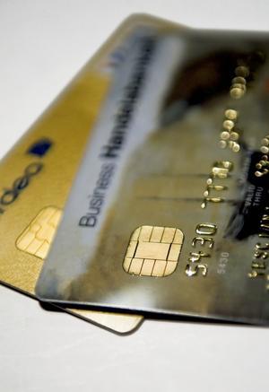 Det finns säkra betalningsalternativ på internet. Foto:ClaudioBresciani / SCANPIX
