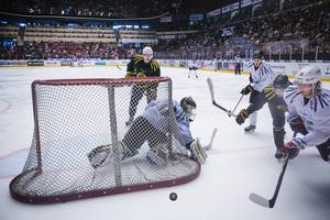 Förra årets internmatch drog 5200 besökare till Gavlerinken.