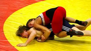 Pontus Bergström bärgade Västernorrlands enda guld i 63-kilosklassen i matchen mot Bjuvs Linus Ericsson.