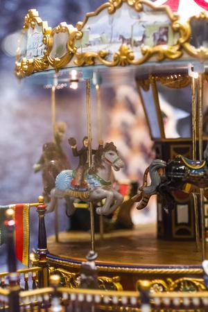 Det blir ingen riktig jul i Katrin Næsséns julskyltning utan karusellen, som är av tyskt ursprung.
