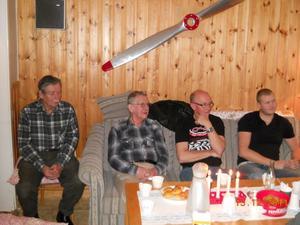 Tord Backeby, Seth Bergefors, Karl-Johan Persson och Andreas Iljegård representerar olika generationer i flygklubben.